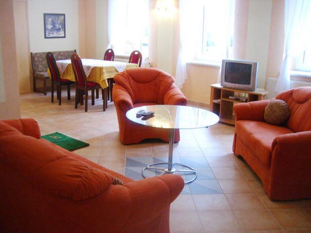 0500-09 Ferienwohnungen und Ferienhäuser in Rottleberode FeWo 5 Wohnen