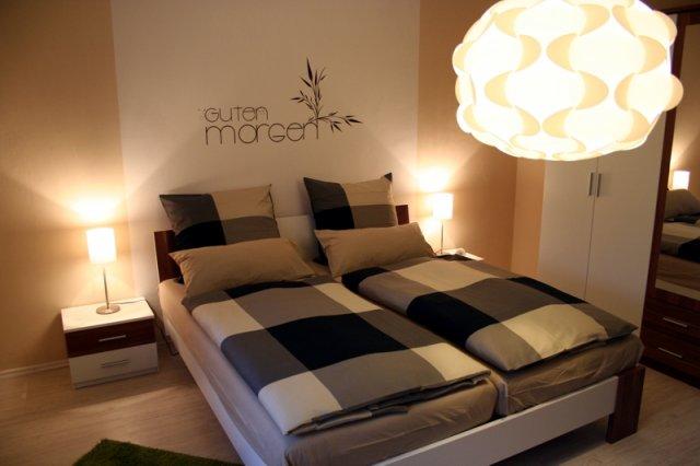 0530-07 Ferienwohnung Solling-Lounge I Schlafzimmer 1