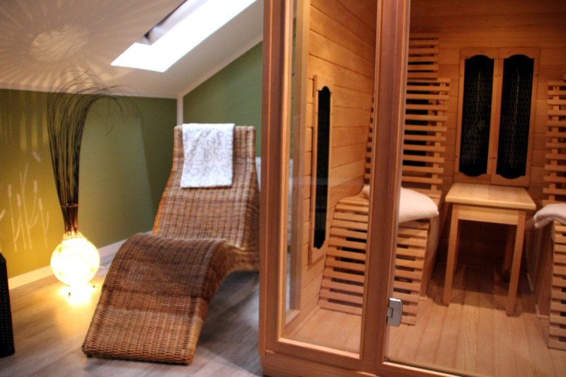 0530-09 Ferienwohnung Solling Lounge II Sauna mit Ruheraumi