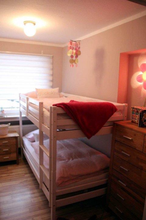 0530-21-Ferienwohnung-Solling-Lounge-III-Schlafzimmer 3