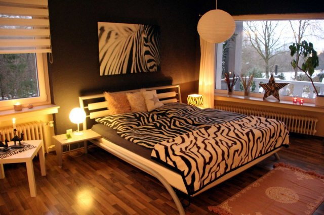 0530-22-Ferienwohnung-Solling-Lounge-III-Schlafzimmer 4