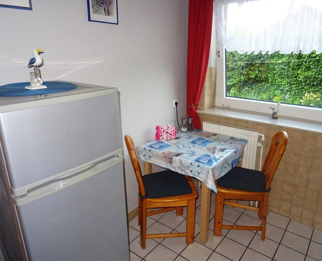 0535-07-Haus-Ramona-Ferienwohnung-Gundlach-Kueche-2