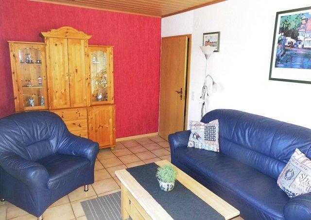 0535-09-Haus-Ramona-Ferienwohnung-Gundlach-Wohnzimmer-1
