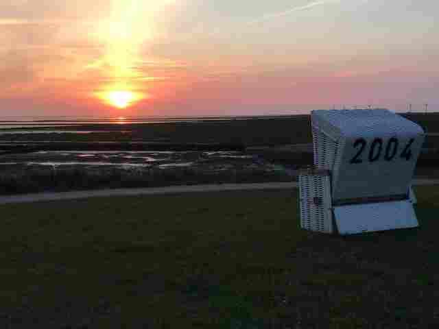 0550-14-Ferienhaus-Huus-op-land-Sonnenuntergang