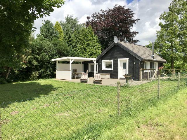 0555-01-Ferienhaus-Woodyhaus-Aussenansicht-1