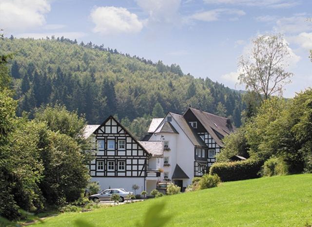 0561-01 Hotel Hubertushoehe Lage