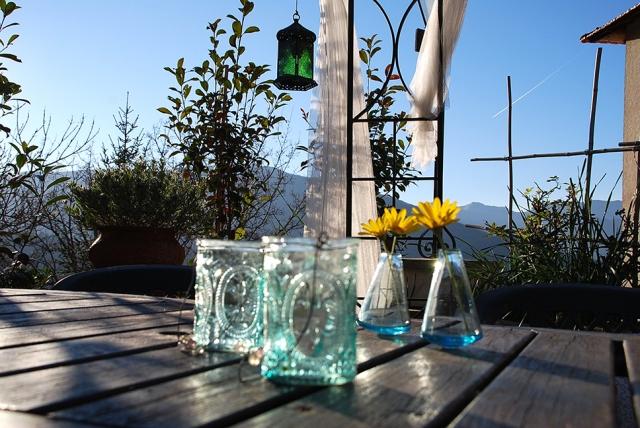 0568-05-Ferienwohnungen-Casa-Capinera-Terrasse-Bild-2