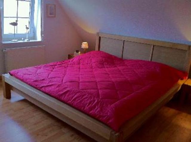 0573-09 Ferienhaus Nessmersiel Elternschlafzimmer