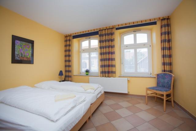 0588-11 Ferienpark Mecklenburg Schlafzimmer