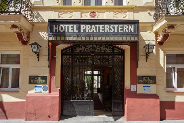 0589-02 Hotel Praterstern Eingang
