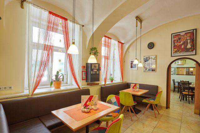 0589-10 Hotel Praterstern Kaffestube
