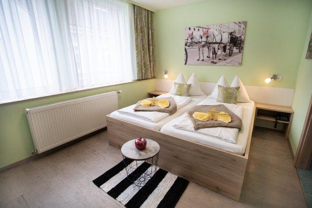 0589-13 Hotel Praterstern Doppelzimmer