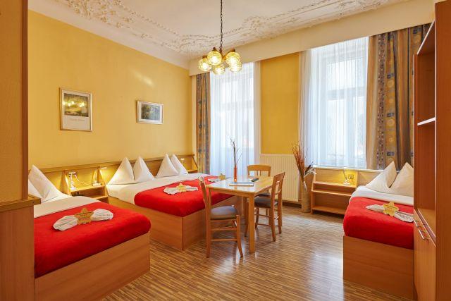 0589-15 Hotel Praterstern Mehrbettzimmer
