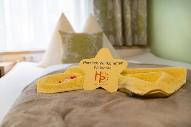 0589-16 Hotel Praterstern Willkommen