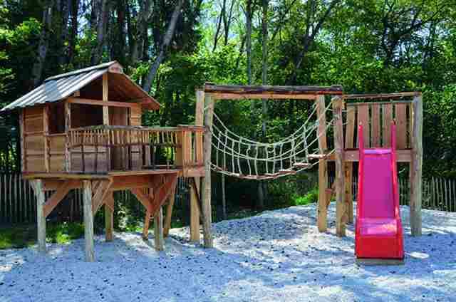 0591-10 Camping Resort Zugspitze Spielplatz