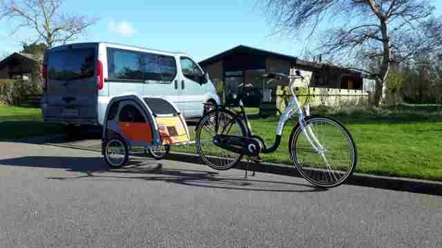 0595-15-Ferienhaus-Asja-Fahrrad mt Hundeanhänger