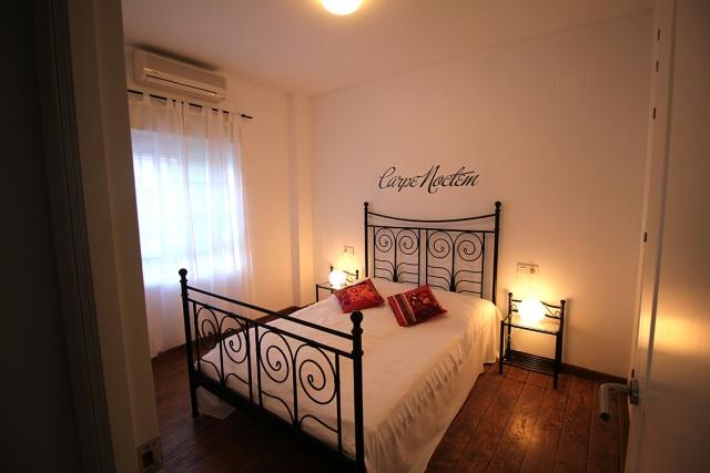0601-13 Golf Villa Andalusien Schlafzimmer 1 mit Doppelbett