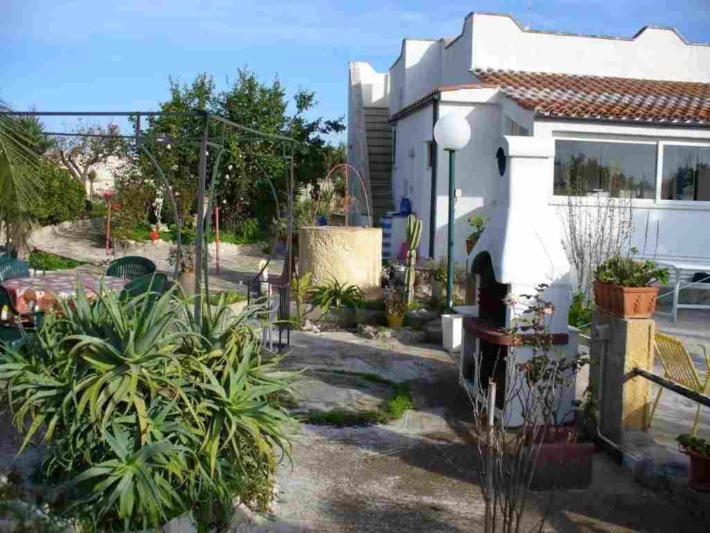 0617-02 Ferienhaus Casa Scalella Haus mit Garten und Terrasse