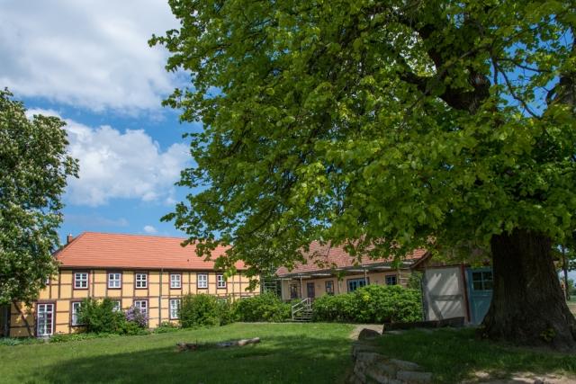 0620-04 Gutshaus Neuendorf Aussensansicht 3