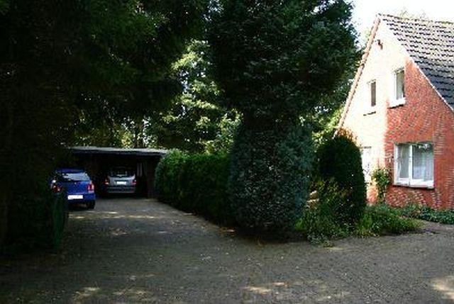 Villa Schnauzer Haus mit Parkplatz