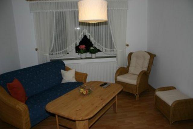 0625-09 Ferienhaus Villa Schnauzer Wohnzimmer Bild 2