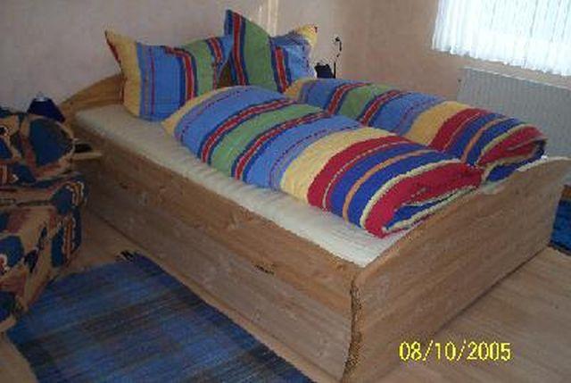 0625-13 Ferienhaus Villa Schnauzer Schlafzimmer Doppelbett EG