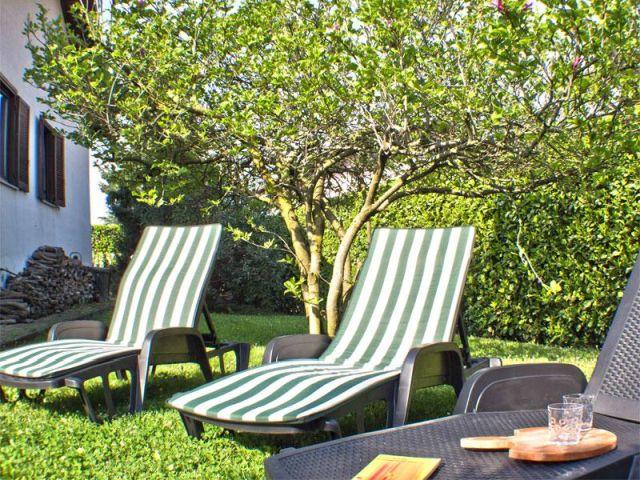 0629-02 Casa Iris Garten