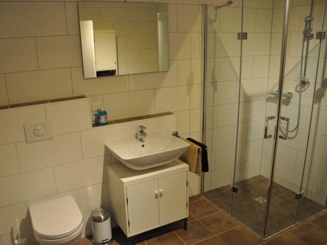 0638-15 Ferienwohnung Fietje Bad mit Dusche-WC