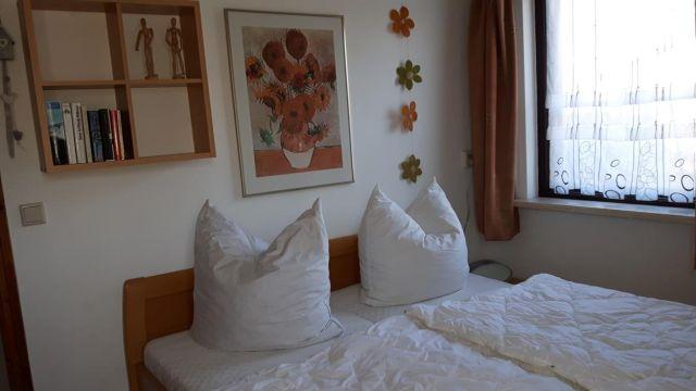 0645-11-Ferienhaus-Bobby-in-Julianandorp-Schlafraum-1