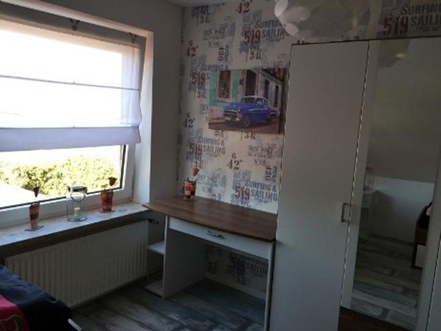 0674-14 Huus Merle Fewo 1.OG Schlafzimmer mit Einzelbetten oben