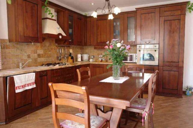 0697-06 Ferienwohnung Villa Ronchi Küche