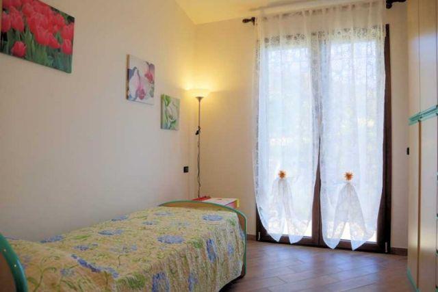 0697-09 Ferienwohnung Villa Ronchi Schlafzimmer 3