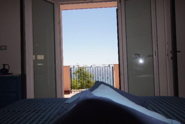 0707-06 Ferienhaus Villino Capo Berta Schlafraum 2