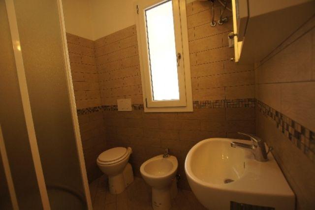 0707-07 Ferienhaus Villino Capo Berta Bad