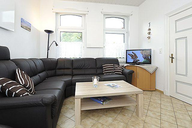 0709-04 Ferienhaus Nordseewind Wohnzimmer