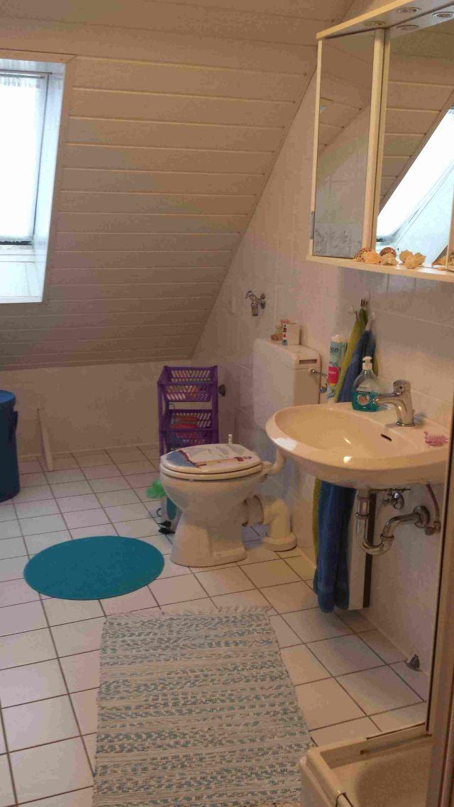 0709-13 Ferienhaus Nordseewind Bad 3
