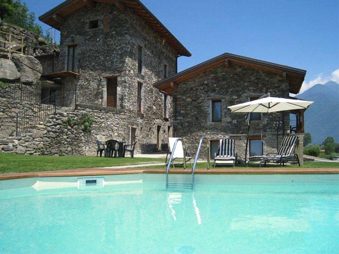 0628-01 Borgo Erbiola Ciclamino Aussenansicht