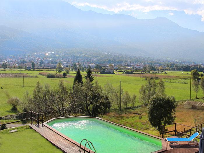 0628-05 Borgo Erbiola Ciclamino Pool