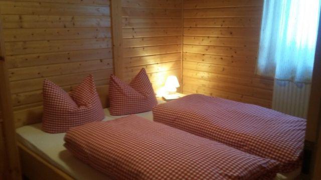 0711-10 Am Rennweg Berghütte Schlafzimmer
