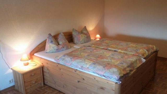 0711-17 Am Rennweg FeWo Schlafzimmer 1