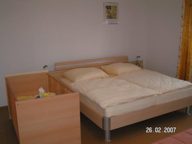 0723-06 Forsthaus Metzelthin große Fewo 1 Schlafzimmer