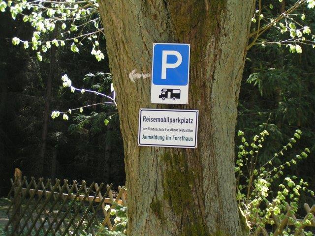 0723-12 Forsthaus Metzelthin Wohnmobil Stellplätze Bild 1