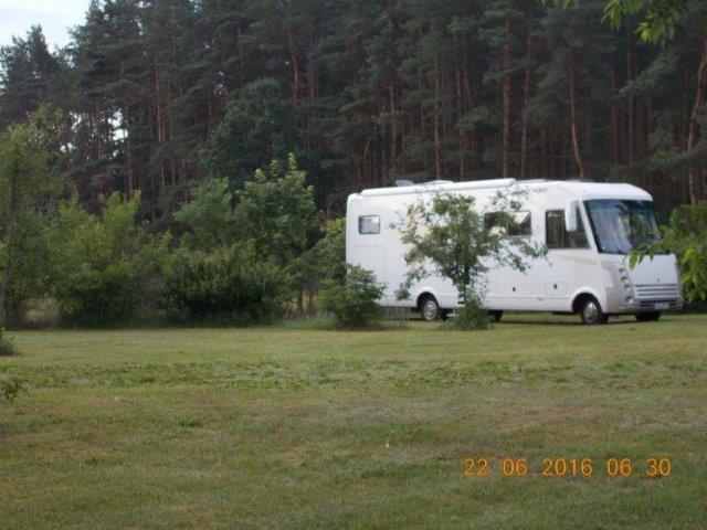 0723-14 Forsthaus Metzelthin Wohnmobil Stellplätze Bild 3