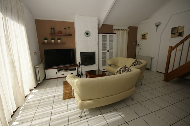 0732-03 Ferienhaus Westwind Wohnzimmer
