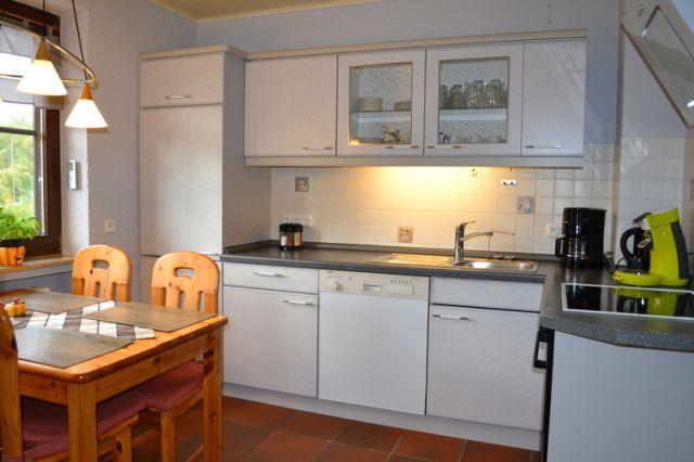 0740-07 Ooser Tälchen Haus Küche