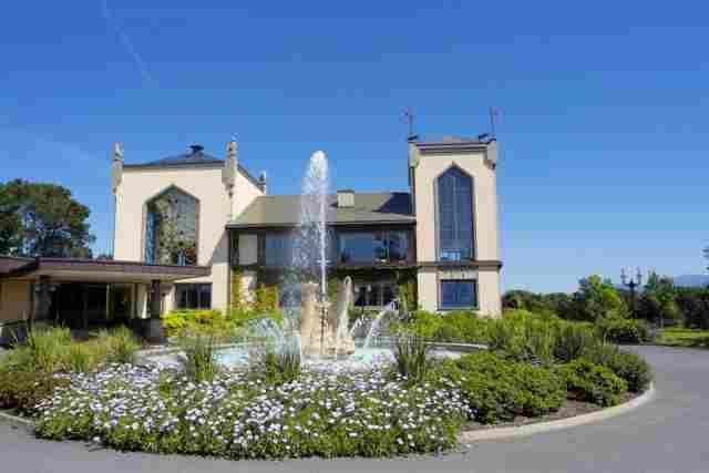 0397-01-Hotel-the-Dunloe-Aussenansicht