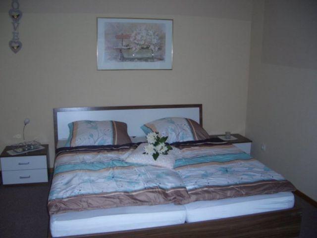 0758-11 Ferienhaus Emsland Schlafzimmer 2