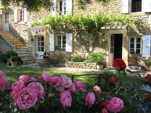 0761-04 La Closerie Terrasse 1