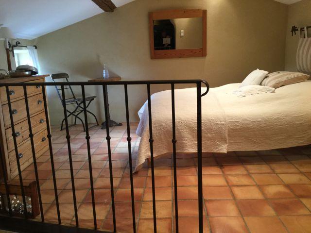 0761-23 La Closerie Mezzanine Bett