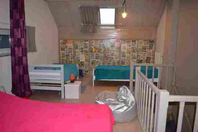 0753-09 Ravel-Inn Schlafzimmer DG